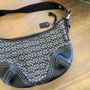 Coach 2154 small signature hobo bag